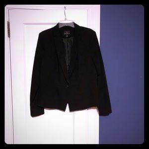 Worthington black blazer in a size 16